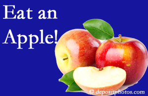 Fernandina Beach chiropractic care encourages healthy diets full of fruits and veggies, so enjoy an apple the apple season!